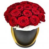 """21 красная роза в шляпной коробке """"Радость"""""""