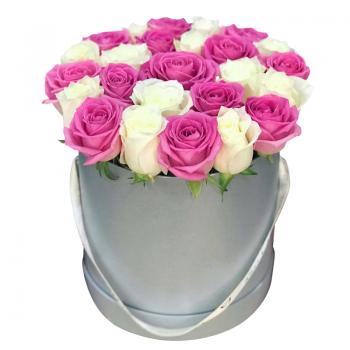 """25 роз микс в шляпной коробке """"Кристиан"""". annetflowers.com.ua. Купить розы микс"""