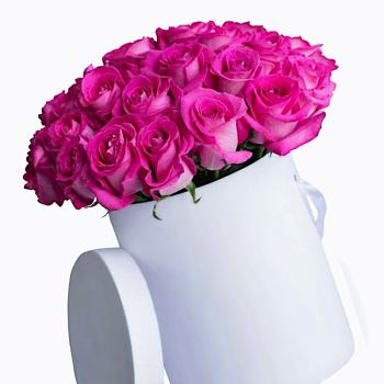 35 розовых роз в шляпной коробке. annetflowers.com.ua. Купить розовые розы