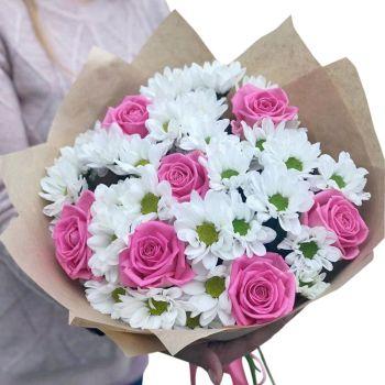 """Букет белых хризантем и роз """"Злата"""". annetflowers.com.ua. Купить розовые розы и хризантемы"""