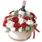 "Букет роз в шляпной коробке ""Королева сердец"""