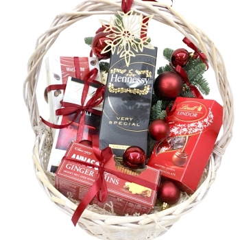 "Новогодняя корзина ""Чудо"". annetflowers.com.ua. Купить новогоднюю корзину ""Чудо"""