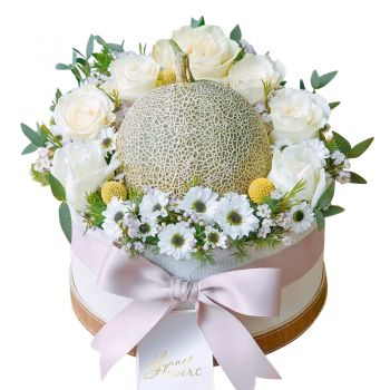 """Шляпная коробка """"Веселая дынька"""". annetflowers.com.ua. Купить цветы в коробке с дыней"""