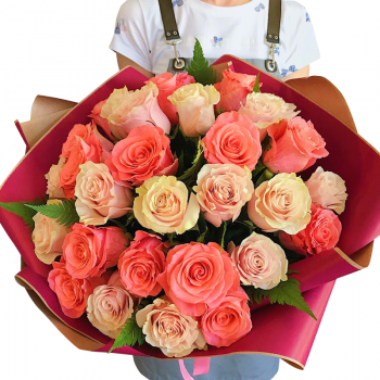 "Букет 25 троянд мікс ""Беатриса"". annetflowers.com.ua. Купити троянди в Києві"