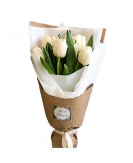 Букет з 11 тюльпанів