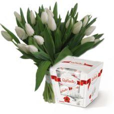 """Букет из 19 белых тюльпанов """"Весенняя радость"""""""