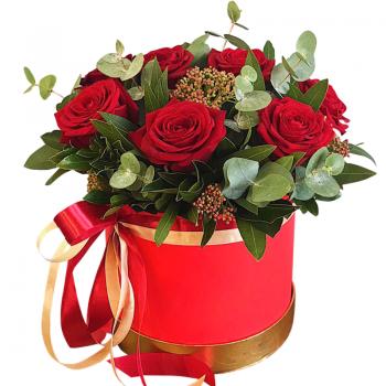 Букет красных роз в шляпной коробке. annetflowers.com.ua. Купить розы в коробке