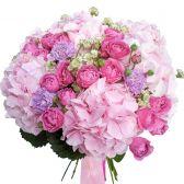 Букет микс и розовая Гортензия