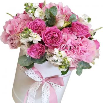 """Букет микс в шляпной коробке """"Кэти"""". annetflowers.com.ua. Купить цветы микс в коробке"""