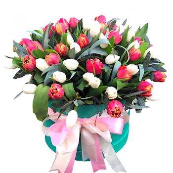 """Букет разноцветных тюльпанов """"Франсуаз"""". annetflowers.com.ua. Купить тюльпаны недорого"""