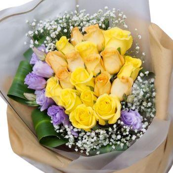 """Букет роз микс """"Натали"""". annetflowers.com.ua. Купить букет желтых и сиреневых роз"""