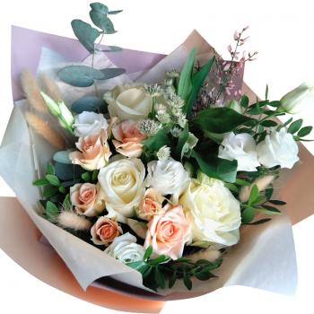 """Букет цветов """"Праздничный микс"""". annetflowers.com.ua. Купить цветы микс на 8 марта"""