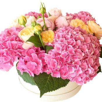 """Букет в шляпной коробке """"Нинель"""". annetflowers.com.ua. Купить цветы в коробке"""