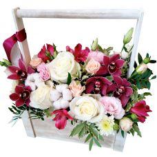 """Дерев'яний ящик з квітами """"Сади цвітуть"""""""