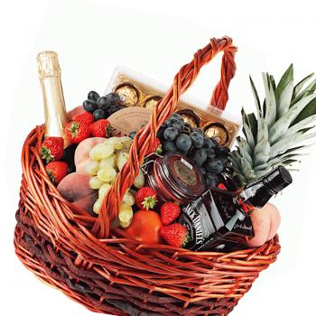 """Фруктовая корзина """"Поздравляем"""". annetflowers.com.ua. Купить фрукты в корзине недорого"""