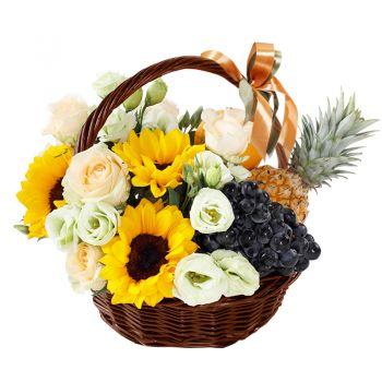 """Фруктово-цветочная корзина """"Сладкий рай"""". annetflowers.com.ua. Заказать букет в корзине с доставкой на дом"""