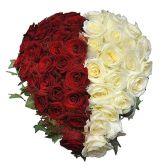 """Композиция из красно-белых роз """"Сердце"""""""