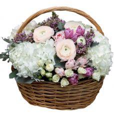 """Корзина цветов """"Душистый микс"""""""