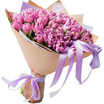 51 пионовидный розовый тюльпан в крафт бумаге. annetflowers.com.ua. Купить пионовидный тюльпан 51 штука