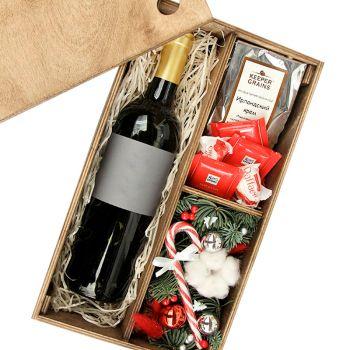 Подарочная новогодняя деревянная коробка мужчине. annetflowers.com.ua. Купить деревянную коробку с алкоголем в Киеве