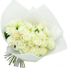 """Композиция из 25 белых роз """"Лучезарный"""""""