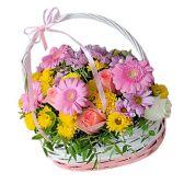 """Цветочная корзина """"Краски весны"""""""