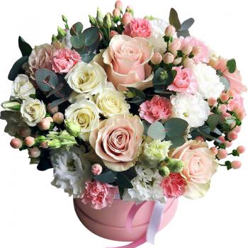 """Цветы в коробке """"Ярослава"""". annetflowers.com.ua. Купить букет в шляпной коробке"""