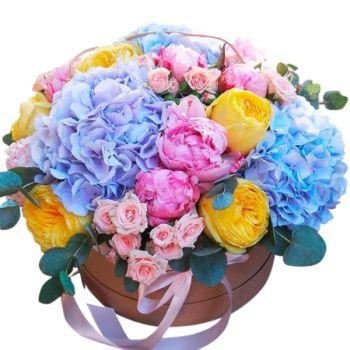 """Цветы в шляпной коробке """"Адель"""". annetflowers.com.ua. Купить цветы в коробке"""