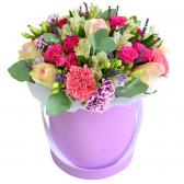 """Цветы в шляпной коробке """"Лидия"""""""