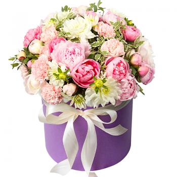 """Цветы в шляпной коробке """"Василина"""". annetflowers.com.ua. Букет весенних цветов в коробке"""