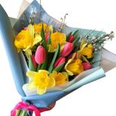 """Весенний букет цветов с нарциссами """"Yellow Spring"""""""